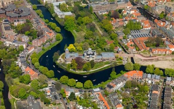 Leiden Witte Singel Sterrewacht Hortus Botanicus air photo